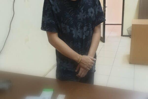 BNNP Kalimantan Timur - Berinisial Aji SHW diamankan Anggota BNNP Kaltim Akibat Ulahnya Memesan Ganja Sintetis Melalui Media online .