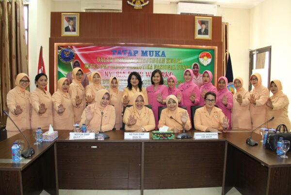 Kunjungan Kerja IBU Ketua Pengurus Dharma Wanita BNN RI Ke kalimantan Timur