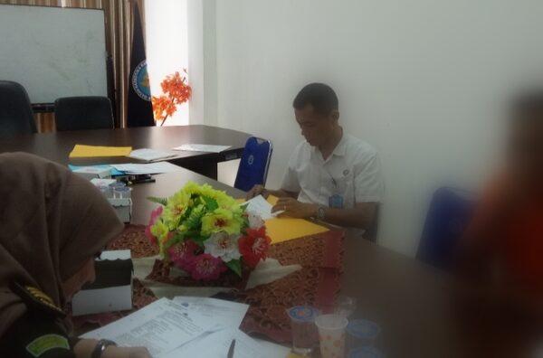 BNNP Kaltim - AKBP. Siti Zaikomsyah,SH pimpin Kegiatan asesment Terpadu dan Case conference inisial M.R