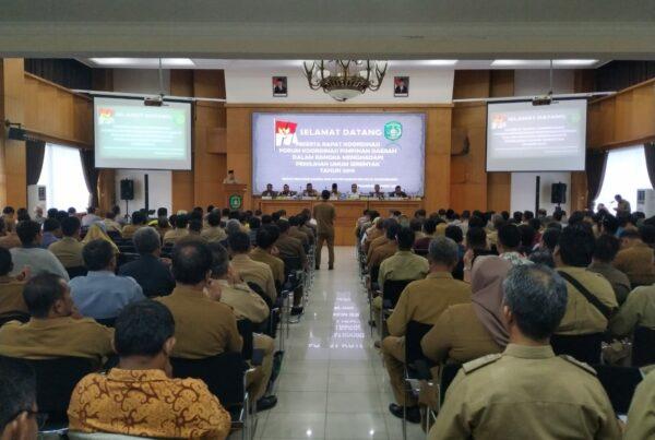 Samarinda - Badan Narkotika Nasional (BNN) Provinsi Kalimantan Timur menggelar Sosialisasi Instruksi Presiden Nomor 6 Tahun 2018 tentang Rencana Aksi Nasional Pencegahan, Pemberantasan Penyalahgunaan dan peredaran Gelap Narkotika dan Perkrusor Narkotika (P4GN) di Kabupaten Kutai Kartanegara .