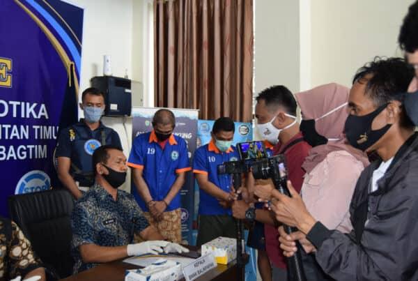 BNNP Kalimantan Timur - Satu Tenaga Honorer BPBD di Kota Balikpapan (bagiam pemadam kebakaran). Nyambi Jual Narkotika Diamankan BNNK Balikpapan