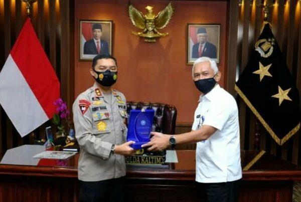BNNP Kalimantan Timur – Mengingat peredaran narkoba di Kalimantan Timur masih saja menjadi momok di masyarakat dan meresahkan, terutama jika peredaran narkoba ini sudah menyasar di lingkungan anak – anak didik di Kalimantan Timur .