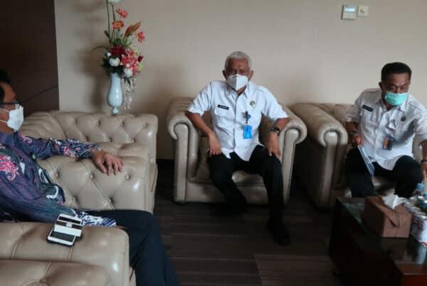 BNNP Kalimantan Timur – Kepala BNNP Kaltim Brigjen. Pol. Iman Sumantri Beserta Jajaran Sambangin Sekretaris Daerah provinsi Kalimantan Timur Ir H Muhammad Sa'bani M.Sc