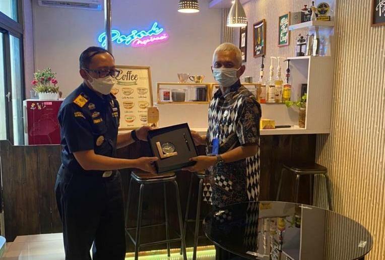 Menjalin Kerja Sama ( Joint Inter Agency ) Antara BNNP Kaltim dengan Bea Cukai, Dalam Menghadapi Ancaman Dan Tantangan Kejahatan Peredaran Gelap Narkotika Di Kalimantan Timur.